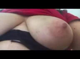 فيديوهات بنات تعمل العاده