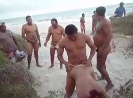 سكس البحر عجايز
