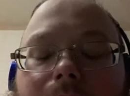 تحميل فيديو لسان اروهي سكس