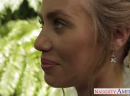 العروس مفلس وصديقها الجديد يخوضان مغامرة جنسية رائعة أمام النار