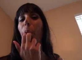 قبلات مثيرة اكس فيديوز