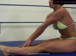 تنزيل سريع video sex mp4.com