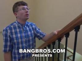 استمتع بفيديوهات قصص ديوث عائلي مجانًا على أفضل موقع إباحي