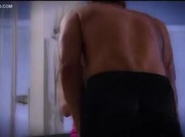 جيسي رينا بريز على وشك ممارسة الجنس مع زوجها ، لأن تونيا متحمسة للغاية
