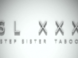 الأبنوس خطوة الأخت يعطي الرأس
