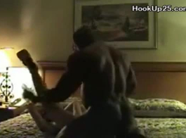 ذهبت جبهة مورو مفلس مع كبير الثدي إلى مكان دوم لأنها أرادت ممارسة الجنس الشرجي