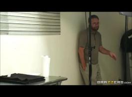 تنزيل وفتخ فلم فيديو سكس اباحي اجنبي