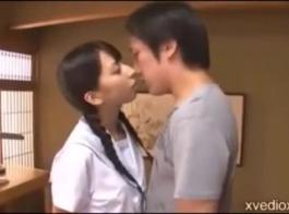 الفتاة اليابانية أفضل في مص القضيب من تعلم مص القضيب