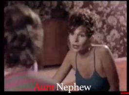 أمي عاطفية ، سوزان حصلت على مارس الجنس في مكتبها من قبل ابنها السابق ، ثم أعطته اللسان