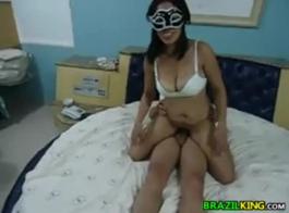 سكس برازيلي تحميل فيديو قصير زب زنجي و بت بيضاء