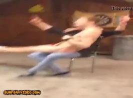 الرجال قرنية يمارسون الجنس مع سامانثا برينس في نفس الوقت ويصرخون بسرور أثناء كومينغ