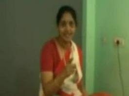 سيدة هندية تضاجع رجل نحيف تحبها كثيرًا وتعطيه بعض المحبة