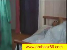 سكس عربي وغنج بكاام واظح