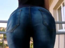 امرأة سمراء مثير مع الصدور المؤخرة الرائعة في الكعب العالي يذهب لممارسة الجنس مع الحمار