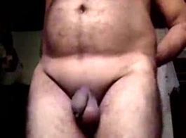 ولد يرضع زب اسود