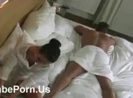 أنا مارس الجنس شقراء جميلة ميا 2017