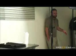 تحميل وتنزيل فيديو سكس جزائرية