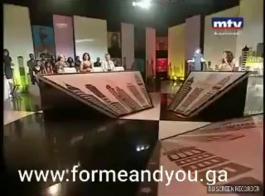 منحرف مسلم مص قدما قاسيا مع درس هومو