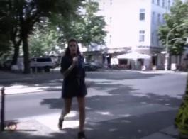 يزداد مارس الجنس شقراء الألمانية الصغيرة مع الثدي الصغيرة والاستمتاع بكل ثانية واحدة منها.