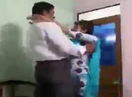 رئيس يضايق زوجاته في مشعرات وفرك بعضهم البعض الهرات