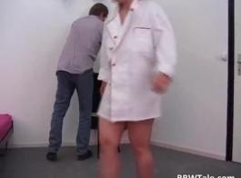 السمنة وقحة الثدي زوجة كبيرة امتص من قبل بي بي سي