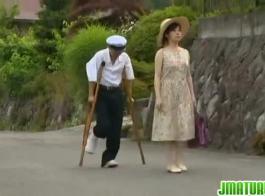 ولد ياباني يغتصب امه بالقوه