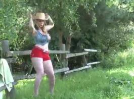رقص ونيك بنات18