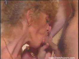 الغشاش الفرنسي يمارس الجنس لتحرير رأسه