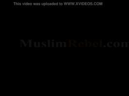 نساء عاريات عربي