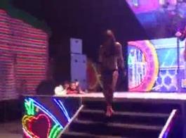 رقص منقبات بدون ملابس داخليه