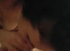 أمين مفلس، لورين ميناردي يحب ممارسة الجنس في مكتبها، لأن عملائها غالبا ما يكون هناك.