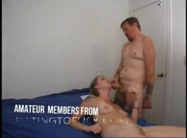 الجدات الأسترالية هي دائما في مزاج ممارسة الجنس مع الرجال الأصغر سنا، حتى نائب الرئيس.